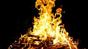 2013\bonfire_sm.jpg